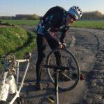 Paris-Roubaix ou comment changer un chambre à air!